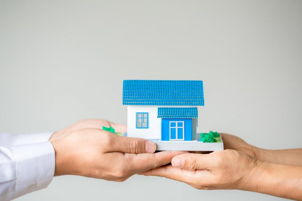 Myths vs Facts: A Guide to Informed Home Buying